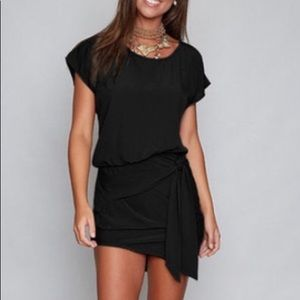 NWT! Casual and SUPER cute LBD!
